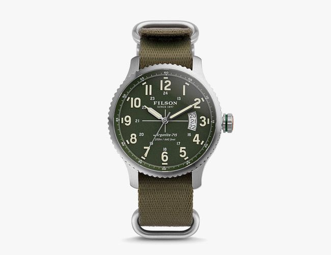 GearPatrol: WATCHES TOUGH ENOUGH TO WEAR IN THE FIELD