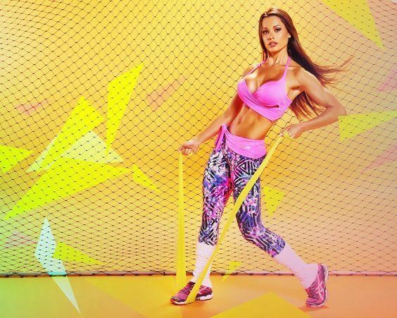 Bom Dia !! Encontre aqui Roupas Esportivas e artigos esportivos com os melhores preços. Acesse o site da Netshoes  http://www.ofertasimbativeisbrasil.com/roupas-esportivas-netshoes/