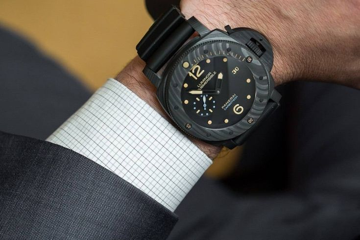 SIHH 2015: The Panerai Luminor Submersible Carbotech width=