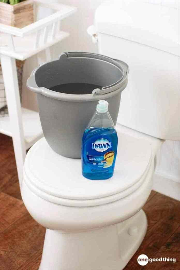 The Secret Plumber S Trick To Unclog A Toilet Clogged Toilet Unclog Toilet