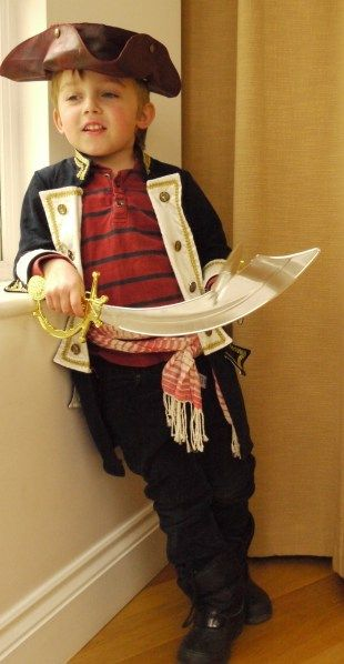 Instructions / tutorial for kids pirate dress up costume coat