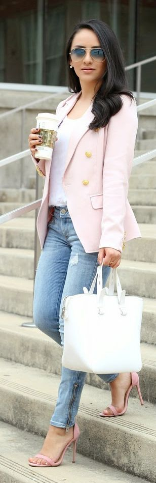 Light Pink Blazer Streetstyle
