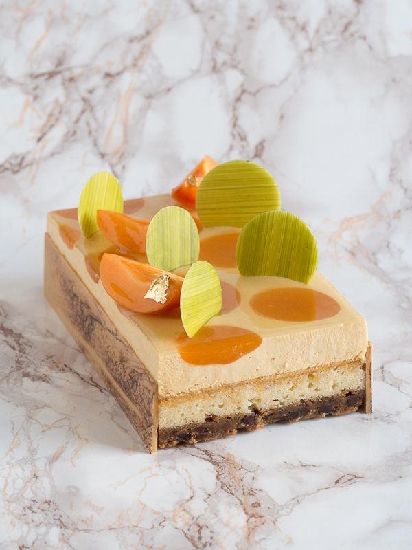 Un dessert très original pour fêter les papas en grande pompe. La Friandise Fantastique au caramel fruité est une déclaration de joie et de gourmandise. #NicolasBernardé #PâtisserieDuSamedi #dessert #cake #gourmand #gourmet #teatime #Frenchpastry #cookie #クッキー #passion #パッションフルーツ #passionfruit #apricot #アプリコット #vanille #vanilla #Paris #ParisIsAlwaysAGoodIdea #French #gâteau #LaGarenne #Colombes #LaDefense #Neuilly #Courbevoie #Levallois #Instafood #goûter #FêteDesPères