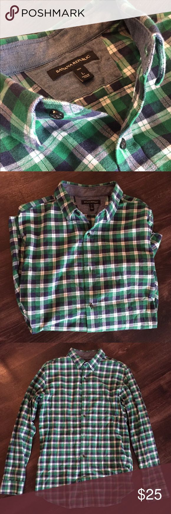Men's Flannel Dress Shirt | Banana Republic L Extremely comfortable dress shirt for colder weather. Light flannel material, not too hot. Green, navy, white checkered pattern. Banana Republic Shirts Dress Shirts