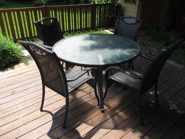 Elegant estate sale from Wellington West home – 358 Hamilton South, Ottawa ON. Sale will take place Saturday, Jun 20th 2015, from 8am to 2pm. Visit www.sellmystuffcanada.com for more interesting estate sale photos! #358HamiltonSouth #EstateSale #SellMyStuffOttawa
