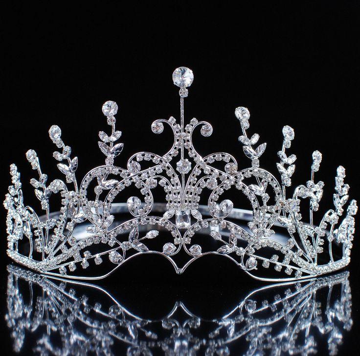 """Goedkope Haar sieraden, koop rechtstreeks van Chinese leveranciers: Optocht 3,5"""" full circle duidelijke oostenrijkse strass tiara gesimuleerde blauwe saffier koning/koningin kroon partij kostuum art decoOns $ 55.95/stukMannen rood fluweel keizerlijke middeleeuwse tiar"""