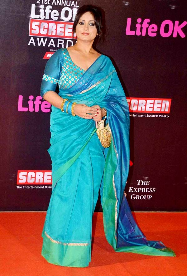 Shah Rukh Khan, Kajol, Akshay Kumar, Priyanka Chopra and a host of other stars graced the red carpet of the 21st Annual Life OK Screen Awards on Wednesday, making the night a star-studded affair