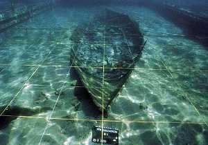 Barco fenicio de la playa de la Isla, en Puerto de Mazarrón