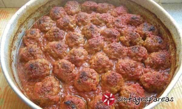 Keftedakia in the oven #cooklikegreeks #keftedakiaintheoven #meatballs