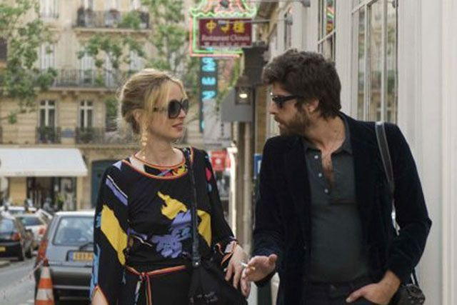 Americans In Paris: 20 Essential Films #refinery29  http://www.refinery29.com/2015/07/90465/american-films-about-paris#slide-1  2 Days in Paris (2007)Julie Delpy takes her neurotic New Yorker boyfriend, Adam Goldberg, to her hometown. He then proceeds to get jealous, moan constantly, and give American tourists bad directions....