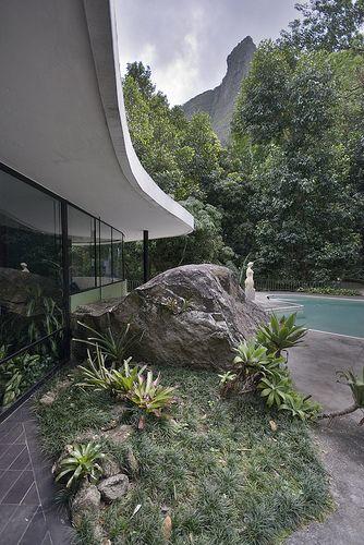 """Casa """"Das Canoas"""" de Oscar Niemeyer."""