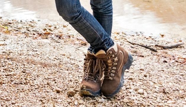 What are the best hiking shoes for women? It all depends on your destination. Take a look at various options and find the one that's right for you!