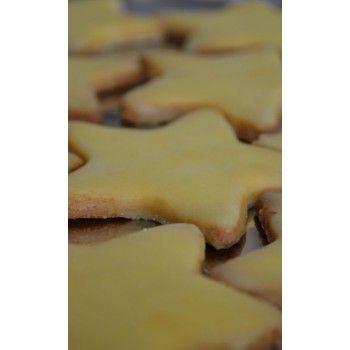 En stor liten kaka med frisk smak och solgul färg. Lägg i vacker påse och ge bort eller ha dem helt för dig själv!
