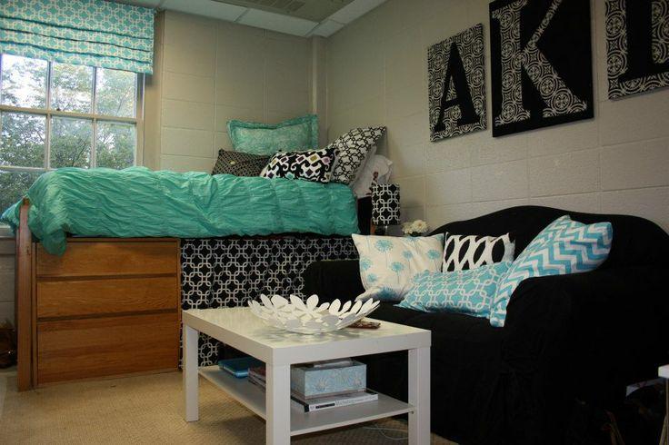 Teal, black and white single dorm room at Samford University.