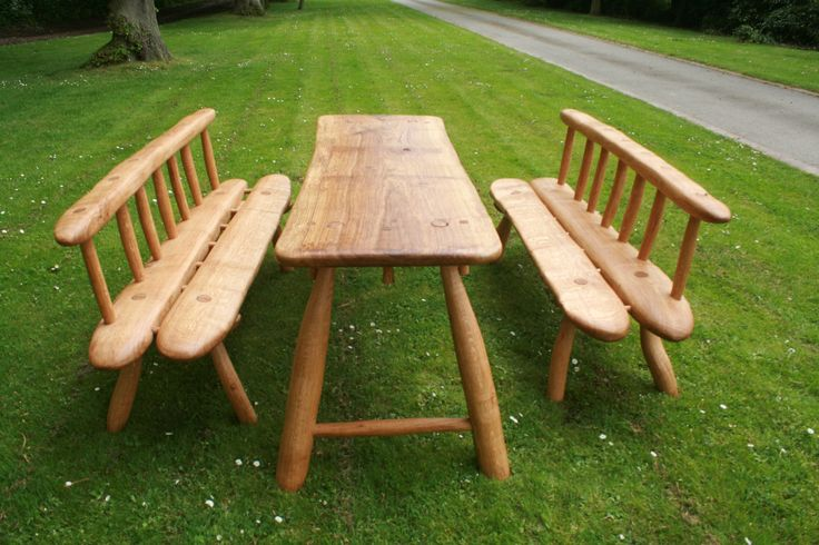 """Beautiful bespoke oak table and benches... definitely on my """"I want"""" list"""