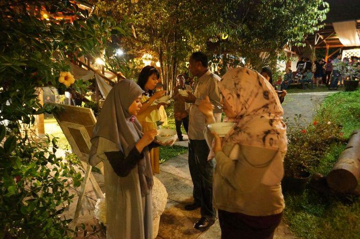 Delicious food Bakso malang :9  @ Rumah Kebon Cengkeh Bandung, Indonesia