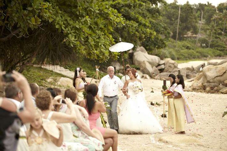 The bridal procession #farawayweddings #weddingsinthailand #pawanthornluxuryvillas