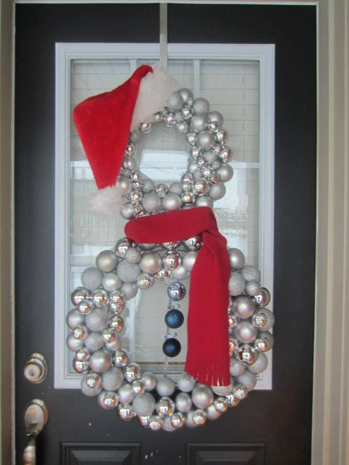 Best 25 snowman wreath ideas on pinterest diy door for 3 wreath door decoration