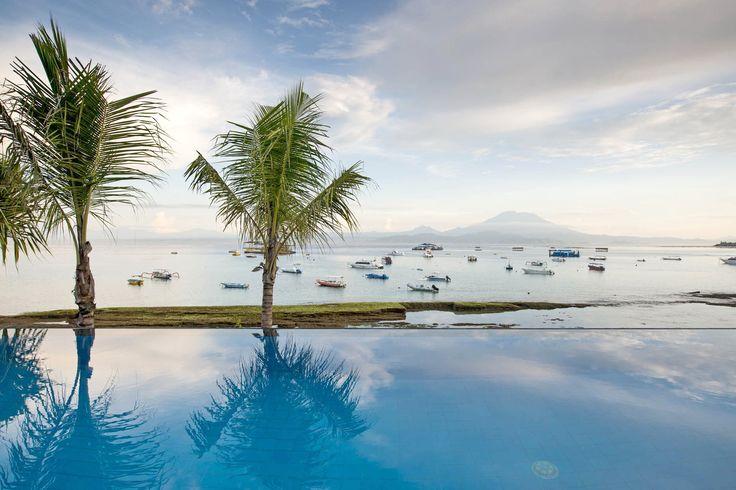 Villa Coral | 4 bedrooms | Nusa Lembongan, Bali #swimmingpool #villa #bali #nusalembongan #ocean #mountain #view