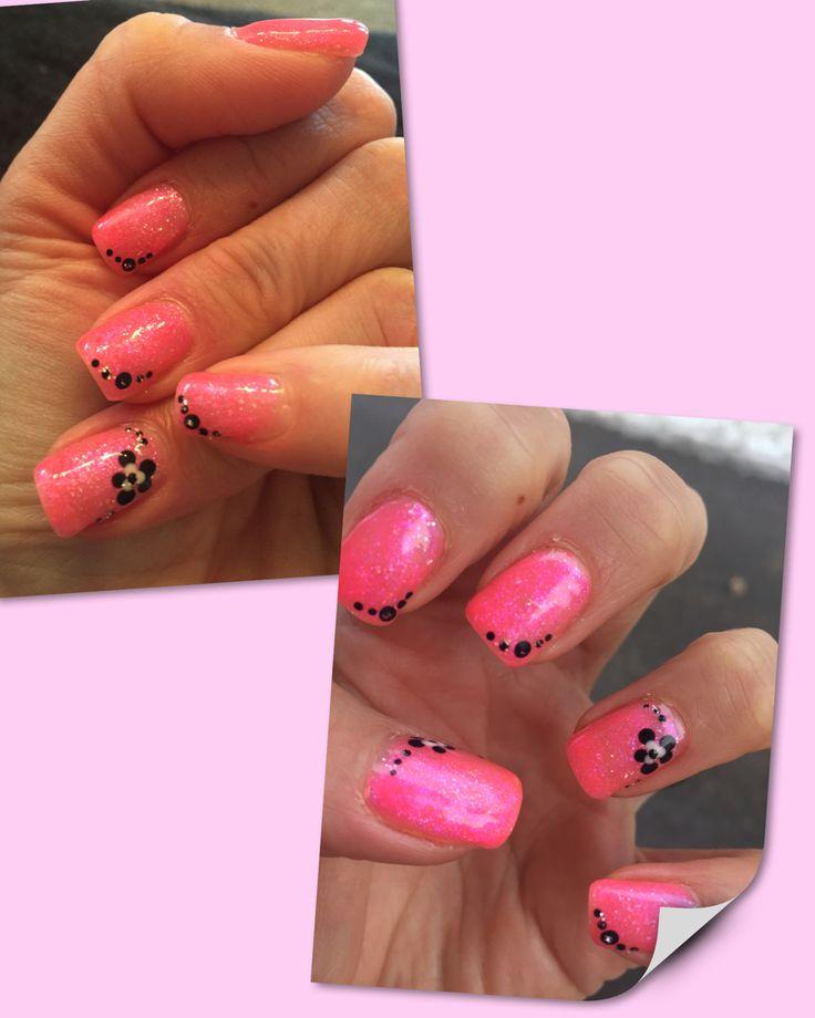 Happy Shellacing. Pinky spring nails.