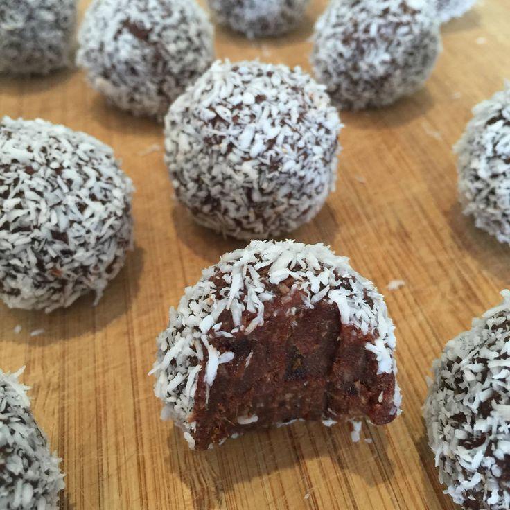 christmas-recipe-countdown-chocolate-rum-balls