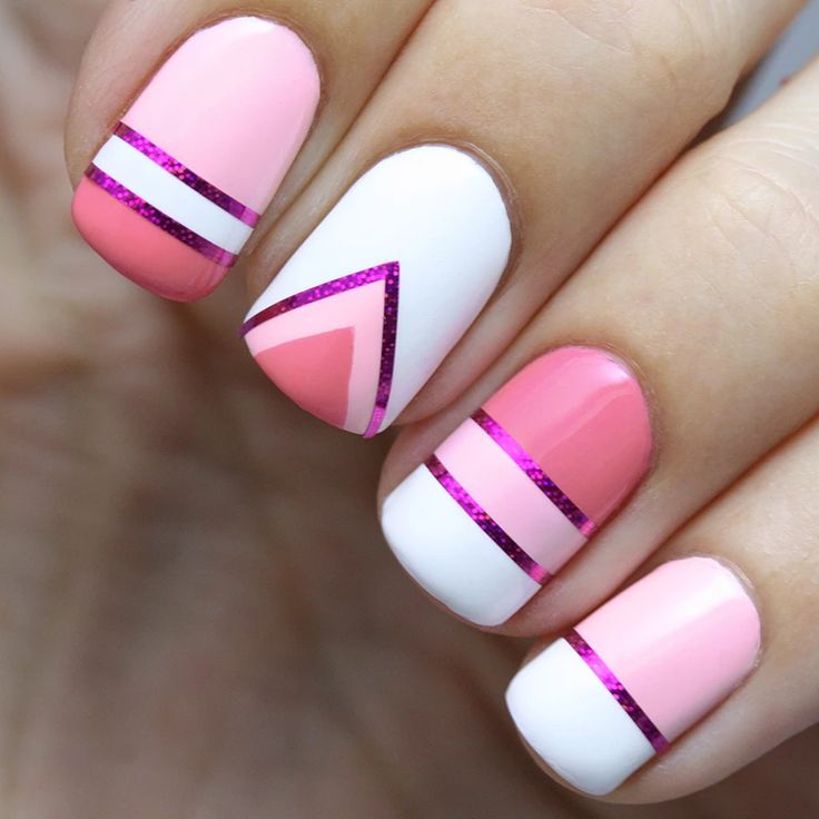 I adore these super cute pink nails! I really want to do something like this sometime.