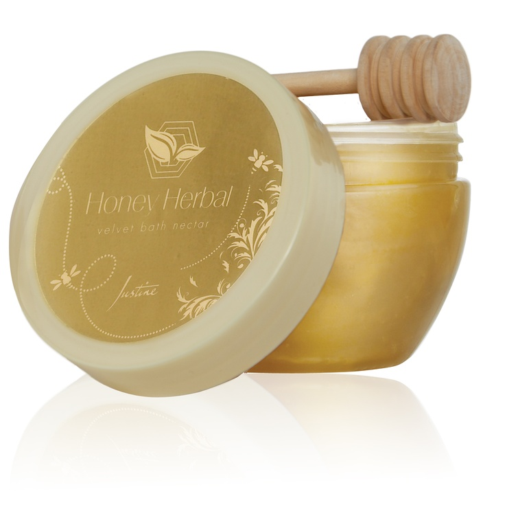 Honey Herbal Velvet  Bath Nectar  Creamy formula enriched with glycerin, honey and herbs moisturises skin leaving it touchably soft.  Includes drizzler stick  200 ml   Code 4941  For More Information - http://www.justine.co.za/PRSuite/home_page.page