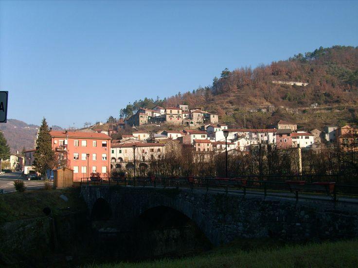 Rocchetta_di_Vara-IMG_1672.JPG (2560×1920)