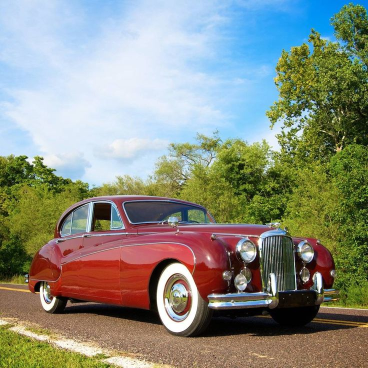 1959 Jaguar MK 9 Maintenance/restoration of old/vintage vehicles: the material for new cogs/casters/gears/pads could be cast polyamide which I (Cast polyamide) can produce. My contact: tatjana.alic@windowslive.com