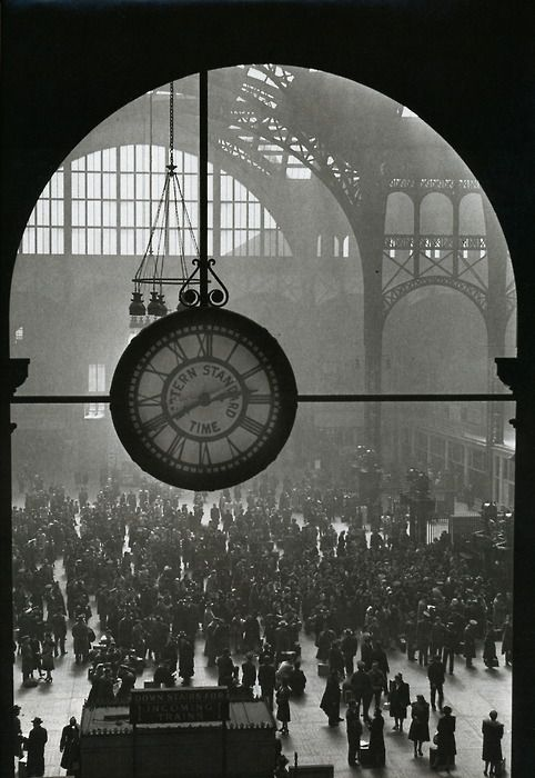Alfred Eisenstaedt - The famous clock in the old Pennsylvania Station, New York, 1943 From Eisenstaedt: Remembrances