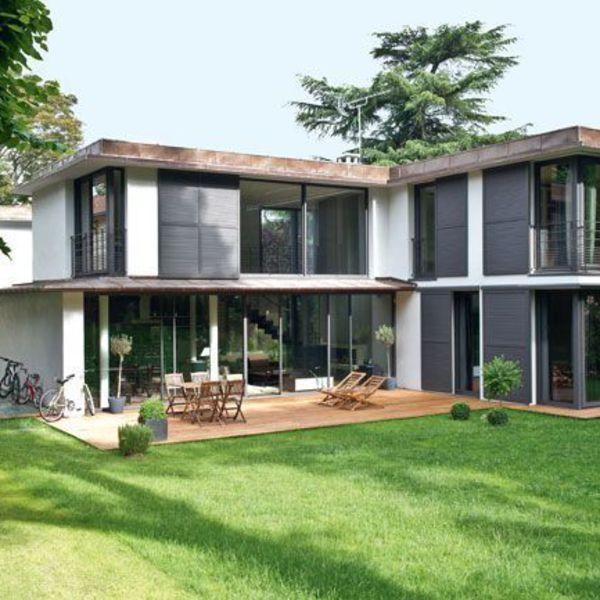 Une maison moderne qui invite le jardin à lu0027intérieur Villas