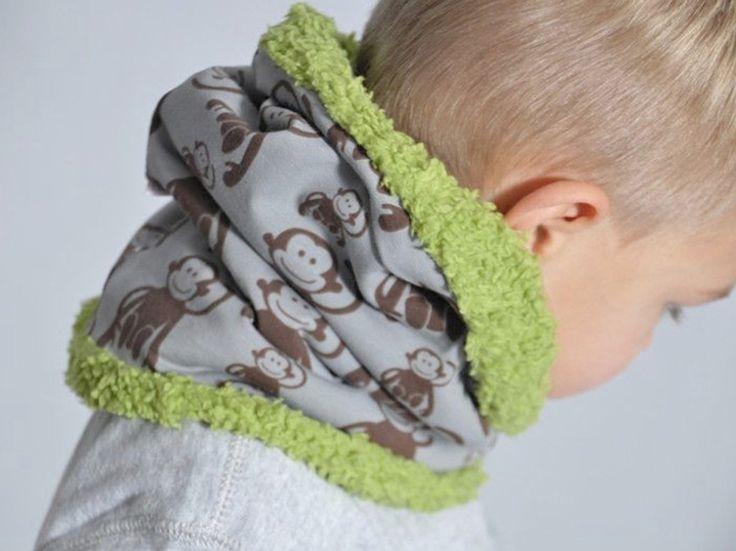 DIY tutorial: Sew a fluffy Kids Snood via DaWanda.com