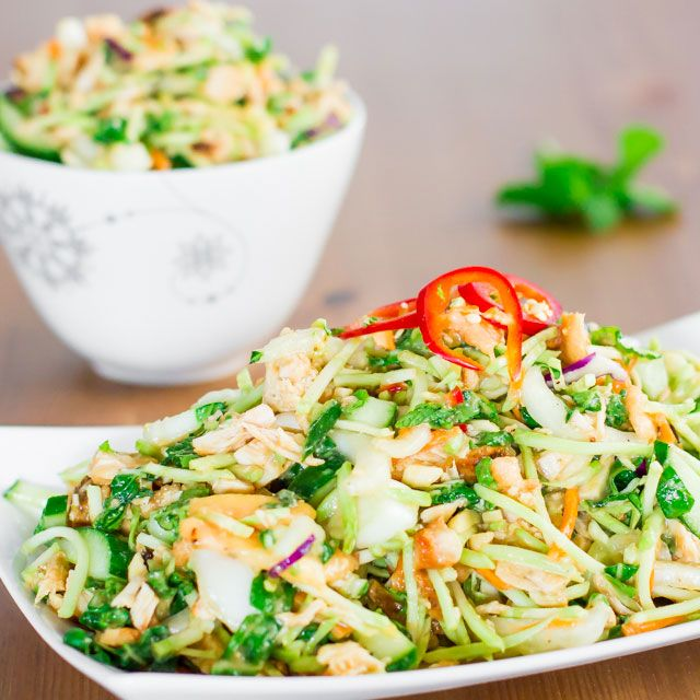 Thai chicken salad - has incredible flavors – peanuts, mint, honey and lime. Topped with a delicious homemade dressing. Healthy and fresh. [papaya, babt bok choy and other]