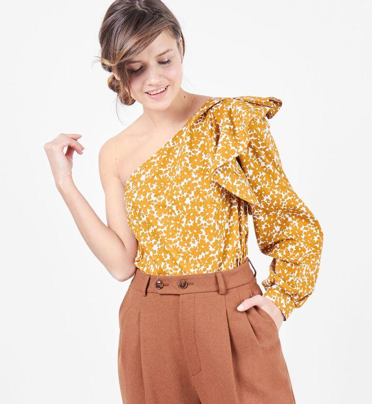 Блуза на одно плечо