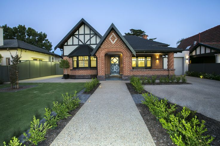 Renovated heritage listed home Custom Builder Adelaide Traditional - Red Brick - Exposed Aggregate Concrete