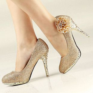 White and Gold Wedding Shoes. Sparkly Glitter Heels. Bride Shoes. Perfect wedding shoes.. well for mine