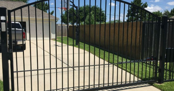 Best 20 Driveway Gate Openers Ideas On Pinterest