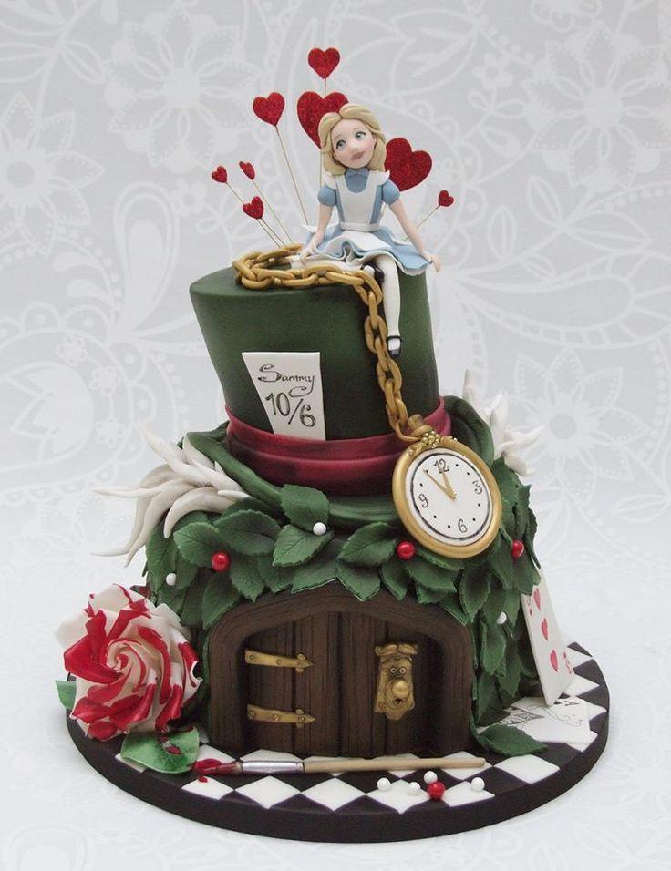 Resultado de imagen de alice in wonderland cake