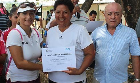Masiva participación en seminario internacional de fútbol femenino | Futbol Ecuador | Campeonato Ecuatoriano | Noticias Deportivas | Tera Deportes