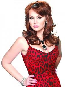 Gabriela Spanic sorprendió a los medios de comunicación con una gran noticia sobre su futuro profesional. http://www.elpopular.com.ec/70694-gabriela-spanic-se-lanza-como-grupera.html