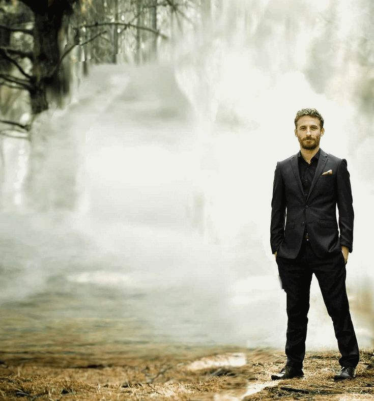 Dean O'Gorman aka Anders in The Almighty Johnsons