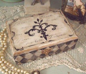 "Fleur de lis ""Tresors"" Box"
