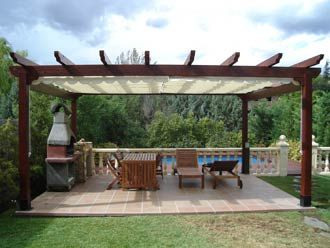 aprender hacer bricolaje casero instalar pergolas madera para jardin o terraza