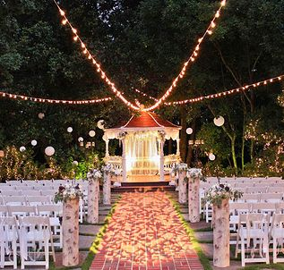 Wedding Venue in Atlanta, GA | Flint Hill... I love this! @*JuSt 4 mE*