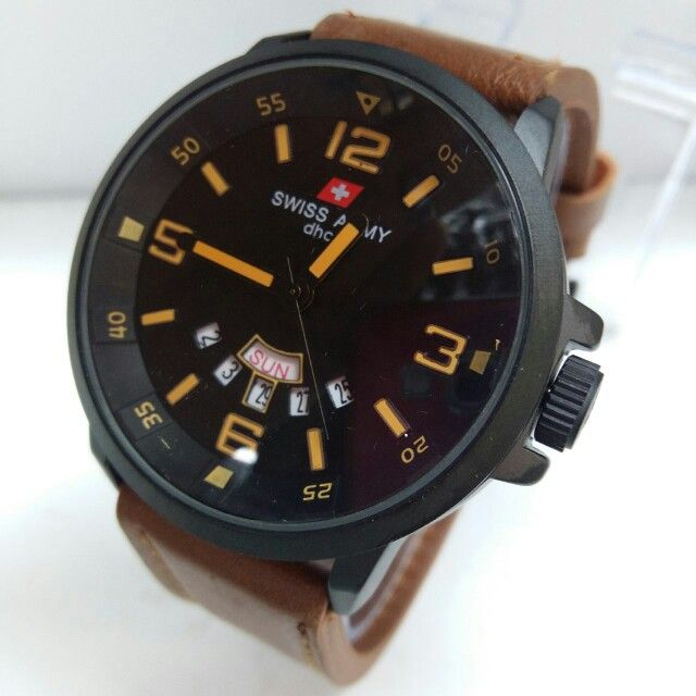 Jam tangan pria SWISS ARMY  Harga 210.000 +ongkir