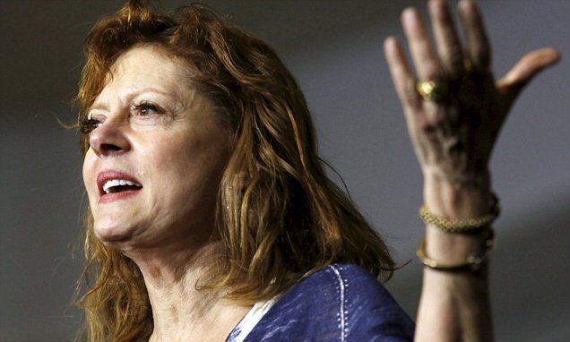 Sarandon warns Sanders voters of corruption at the polls today