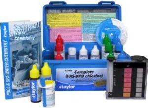 swimming pool chlorine,hypochlorous acid,calcium hypochlorite,swimming pool chemistry