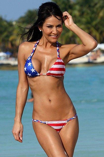 Bikini Nicole Stamp nudes (42 photos) Video, iCloud, braless