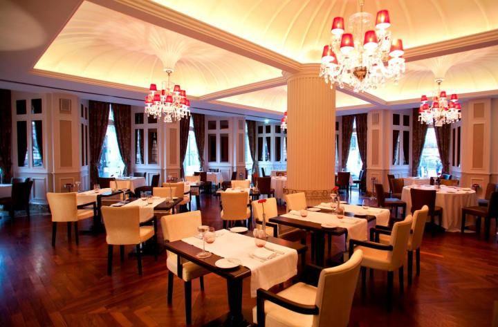 Restaurante Astória no Hotel InterContinental no Porto