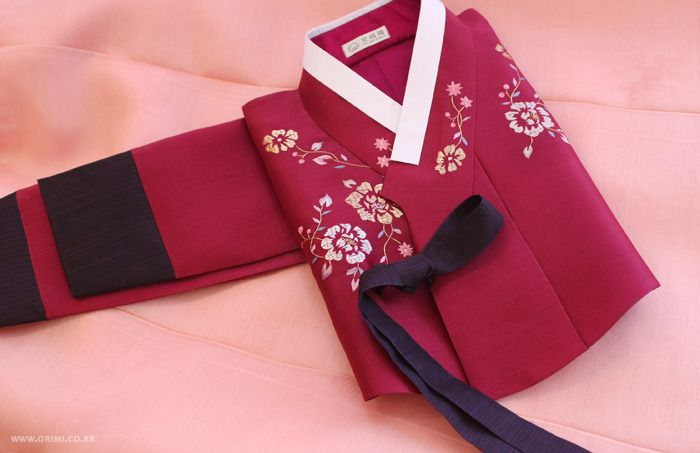 Raspberry, rose, plum and burgundy-colored hanbok. 오리미한복 ::